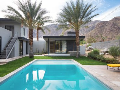Photo for Ridge-side residence with saltwater pool, Zen garden and outdoor misting system