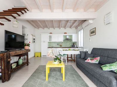 Photo for Detached house in a quiet area km. 3 from the city walls of Lucca