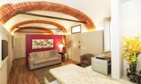Perfect location, a chic apartment with wonderful hosts