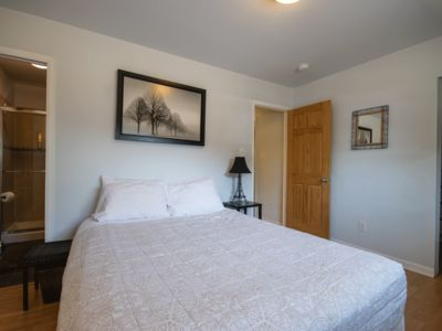 Photo for Close to University!  Full Flatirons View.  Quiet, Comfortable