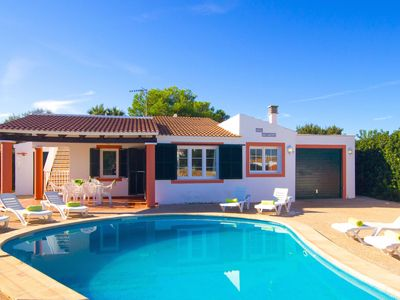 Photo for Spacious villa with 4 bedrooms and private pool in Cala en Bosch
