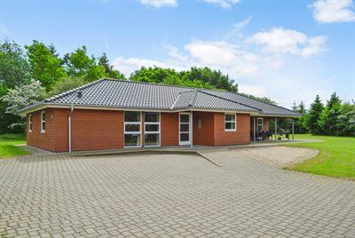 Photo for 5 bedroom accommodation in Toftlund