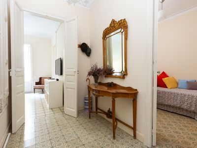 Photo for Comfortable and stylish apartment near Sagrada Familia