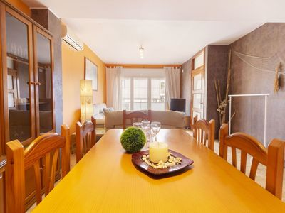 Photo for Lovely apartment for 8 people with private pool, WIFI, TV, pets allowed and parking