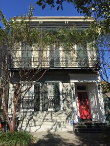Photo for 1850 Marigny Townhouse, French Quarter adjacent
