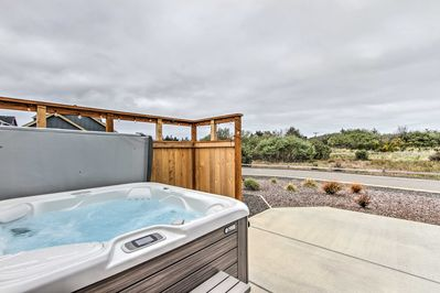 You'll love having access to the private hot tub!