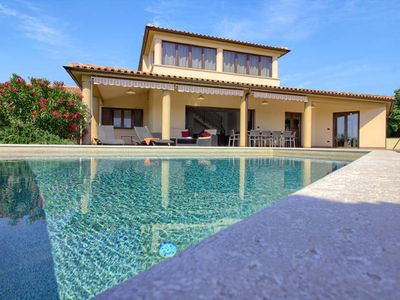 Photo for Vacation home Villa Andrea mit Pool  in Liznjan - Sisan, Istria - 10 persons, 4 bedrooms