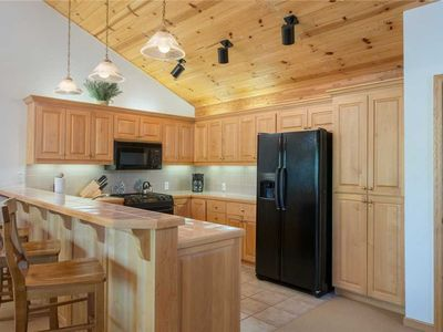 Photo for 3bd/3.5ba Teton Pines Townhome 20: 3 BR / 3.5 BA town homes in Wilson, Sleeps 8