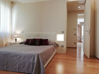 Photo for Casa Clarignano: Stunning 2 bedroom apartment in Montefalco