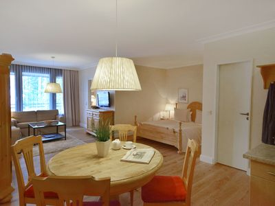 Photo for 2-Zi.App./ N / O-side / 4 pers - Apartment Hotel Seeschlösschen ****
