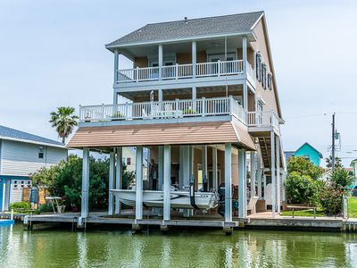 Photo for Great Bay views on a canal in Sea Isle Galveston
