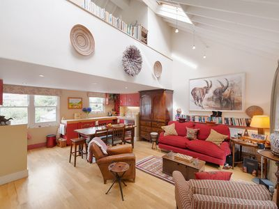 Photo for Charming Mews house close to Notting Hill. Sleeps 4