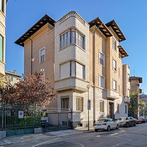 Photo for Politecnico and Central Turin with private parking - residential area