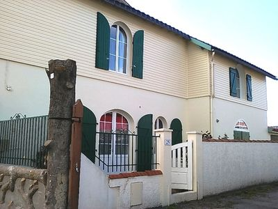 Photo for House facing the Charente capacity 6 people in Rochefort