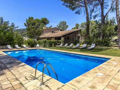 Photo for Catalunya Casas: Countryside castle for 16-18 guests, 30km from Barcelona!