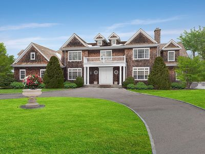 Photo for Hamptons Vacation Jewel with Heated Pool and Tennis!