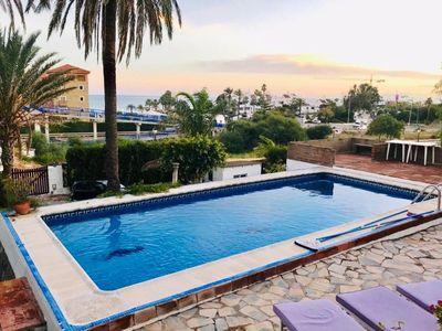 Photo for Luxury 4 bed villa close to Estepona and the beach