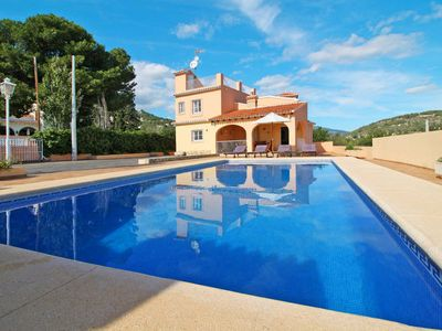Photo for Vacation home Enrique  in Calpe, Costa Blanca - 11 persons, 5 bedrooms