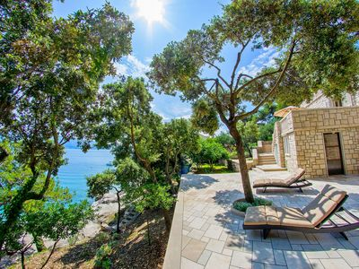 Photo for Beachfront villa - 10 meters from the beach
