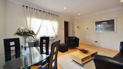Photo for Luxury Central London Apartment - Very Central - Sleeps 4