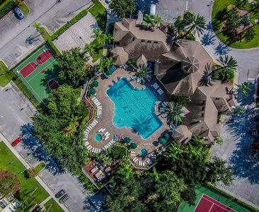 Photo for Beautiful - Luxury Condo! Top Resort! 3 Miles From Disney! Get More For Your $$$