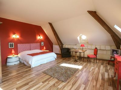 Photo for Red Room - In the heart of the vineyard - quiet, chic, incredible view, all comfort