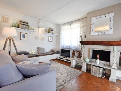 Photo for Nice apartment for 4 people with TV, balcony, pets allowed and parking