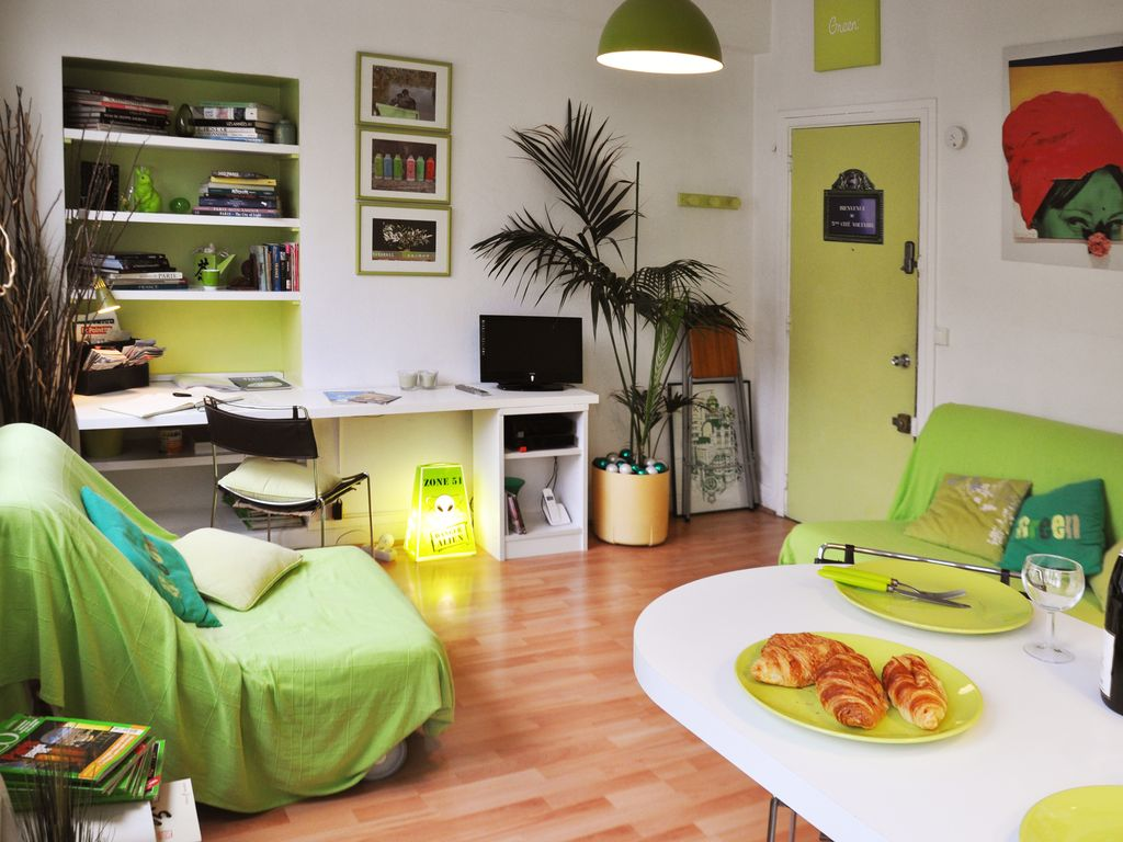 Le Green Studio Apartment In Nation Paris Homeaway