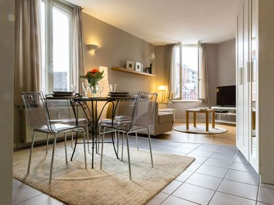 Photo for Patriotes Austria - Modern 1bdr in the heart of EU District