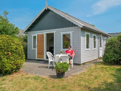 Photo for Cheapest 4 pers. holiday home close to the National Park Lauwersmeer
