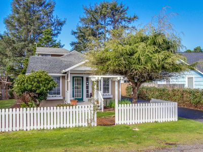 Photo for Family-friendly, dog-friendly house close to beach access!
