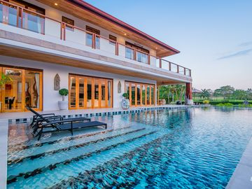 Golf Resort /Villa in Hua Hin, Palm Hills Golf Resort