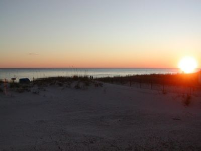 Come see the breathtaking sunsets from our heavenly Destin coastline balcony !!!