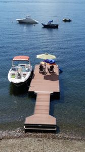 Photo for BEACH LEVEL LUXURY ONE BR (SLEEPS 4) ON SHUSWAP LAKE. PRIVATE DOCK AND BUOY.