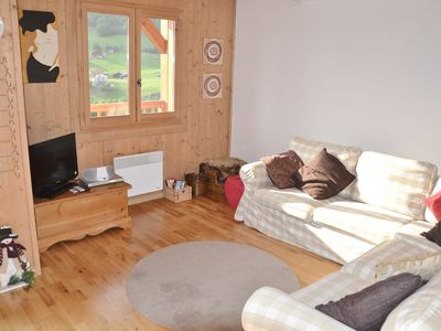 Photo for Lovely 3 bed apt for 6 with wifi, garage close to the slopes!