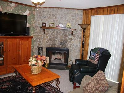 Photo for 2 Bed 2 Bath Condo(1000 SF) w/ Full Kitchen, Living, Dining, laundry in unit