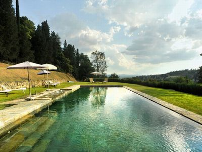 Photo for Villa with shared pool near Arezzo