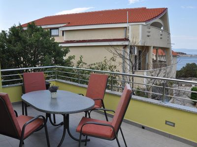 Photo for One bedroom apartment with balcony and sea view Omišalj (Krk)