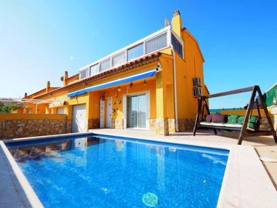 Photo for Vacation home BUDA in Empuriabrava - 7 persons, 3 bedrooms