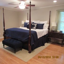 Beautiful Family Home equipped with TWO king beds, a full bed, and twin bunk bed