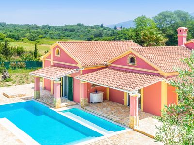 Photo for Brand new villa with an amazing private pool located close to the beach