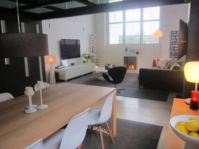 Photo for Designer Warehouse Apartment City Fringe