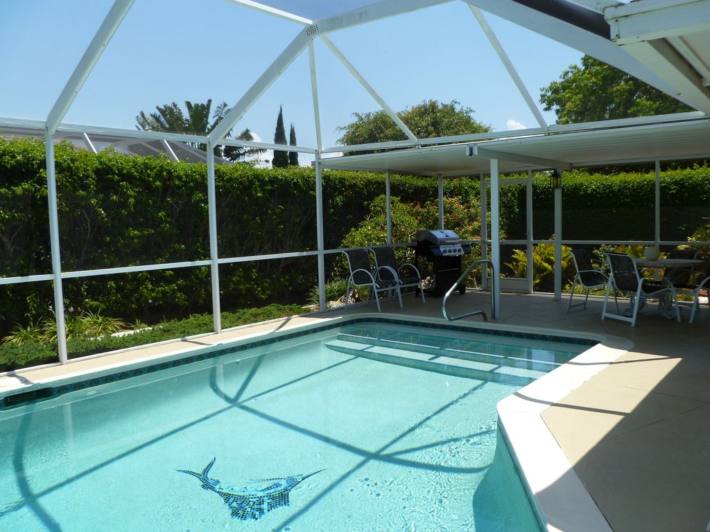 Escape To Marco Island Walk To The Beach House With