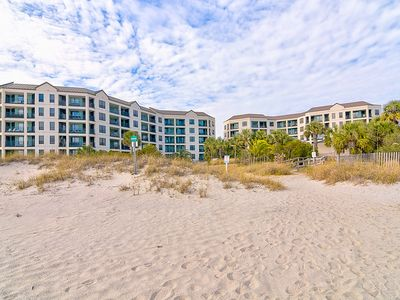 Photo for Walk Off OCEANFRONT Balcony to Beach! Community Pool!