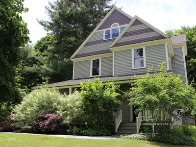Restored 4 BR / 4 BA Victorian charmer is 4 blocks to town & abuts hiking trails