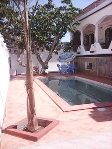Photo for Beautiful House of character foot in the water. With swimming pool (without vis-à-vis)