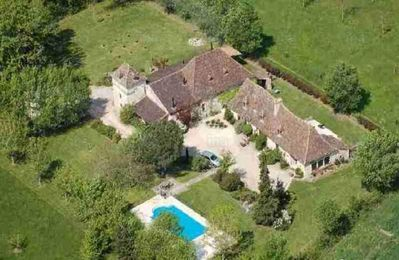 Photo for 3BR Country House / Chateau Vacation Rental in Sainte-Sabine-Born, Nouvelle-Aquitaine