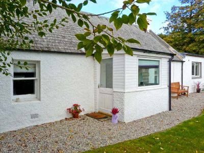 Photo for LILAC COTTAGE, pet friendly in Strathpeffer, Ref 30495
