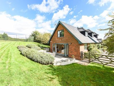 Photo for Test Valley Annexe -  a cottage that sleeps 4 guests  in 2 bedrooms