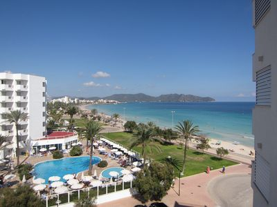 Photo for F * Fantastic sea view apartment right on the beach * Wi-Fi and air conditioning